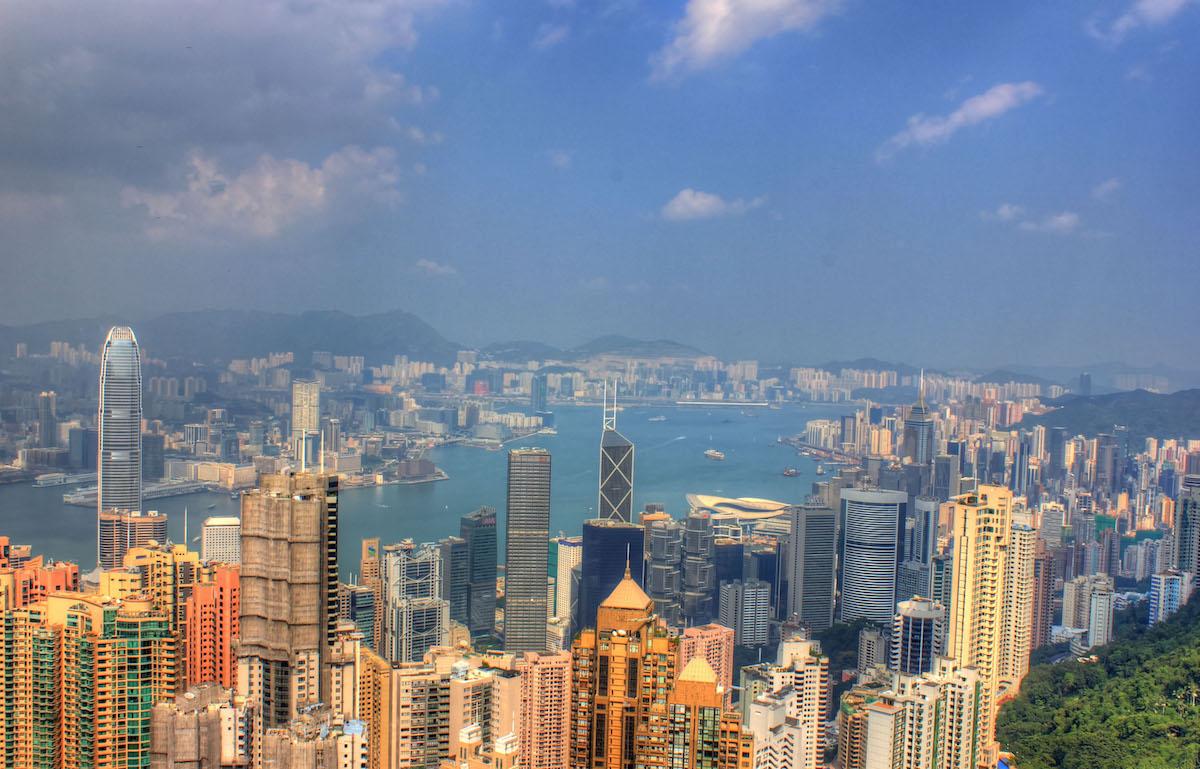 日本に居ながら香港法人で起業する