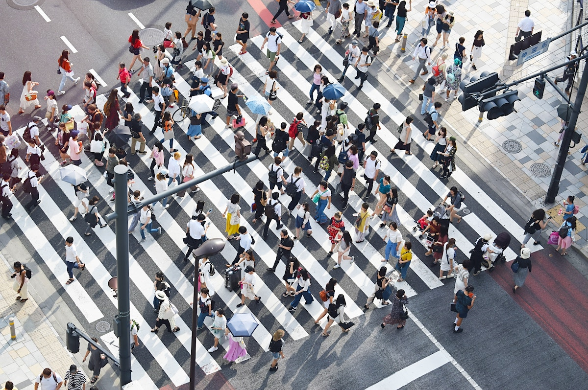 日本は次世代が働く場所として相応しい場所か?非効率な労働習慣と低生産性
